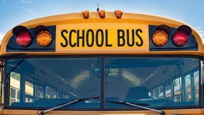 ABŞ-da məktəb avtobusu qəzaya uğradı, 20 uşaq yaralandı