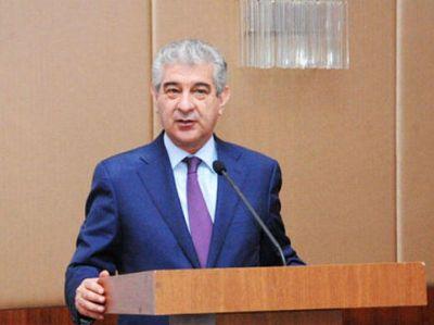 """Əli Əhmədov: """"Azərbaycanda YAP-dan başqa heç bir siyasi təşkilat xalqın istəyi ilə yaranmayıb"""""""