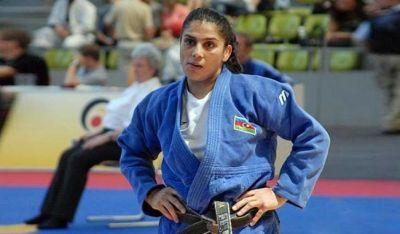 Zülfiyyə Hüseynova dünya çempionatında gümüş medal qazanıb