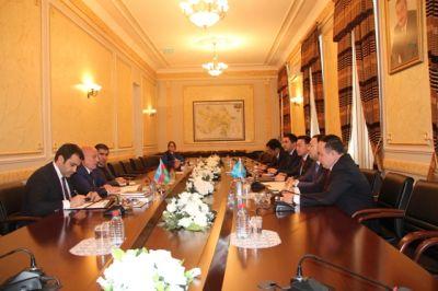 Dövlət Komitəsinin sədri Qazaxıstanın nümayəndə heyəti ilə görüşüb FOTO