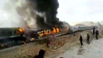Əfqanıstanda iki partlayış törədildi: 5 nəfər öldü, 27 nəfər yaralandı
