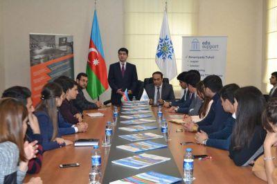 YAP Gənclər Birliyi ilə beynəlxalq imtahan mərkəzləri arasında memorandum imzalanıb