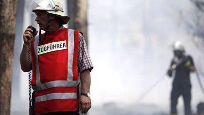 Hamburqda sərgi salonu yandırıldı