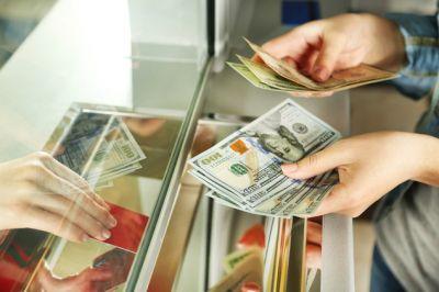 Dollar sabit qaldı