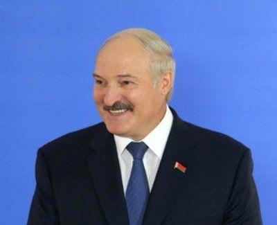 """Lukaşenko """"Heydər Əliyev"""" ordeni ilə təltif edildi SƏRƏNCAM"""