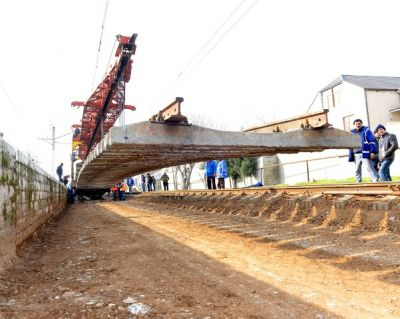 1250 metr dəmir yolunun qoyuluşu həyata keçirilir FOTO