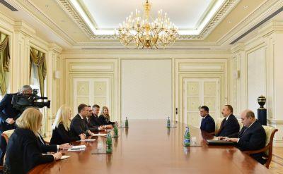 Ильхам Алиев принял делегацию во главе с министром внутренних дел Сербии