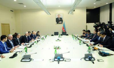 В Баку проводится деловая встреча между министрами Азербайджана и Пакистана
