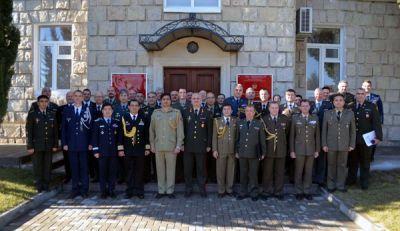 Состоялось заседание для аккредитованных в Азербайджане военных атташе зарубежных государств - Фотографии