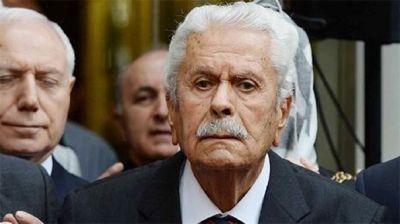 Türkiyə parlamentinin keçmiş sədri 88 yaşında vəfat edib