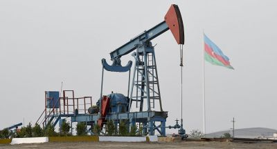 Azərbaycan neft hasilatını azaltmağı düşünür