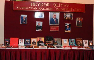 Aktau şəhərində Ümummilli Lider Heydər Əliyevin xatirəsi anılıb - FOTO