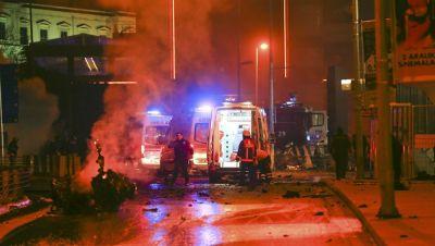 Süleyman Soylu: İstanbulda partlayış nəticəsində 20 polis işçisi yaralanıb [YENİLƏNİB]