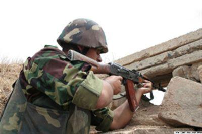 Армяне продолжают обстреливать азербайджанские позиции