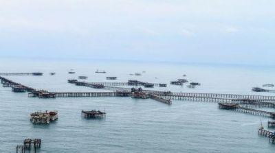 Продолжаются поиски пропавших нефтяников