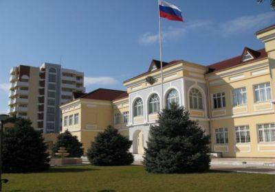 В посольстве России в Азербайджане приспущен флаг