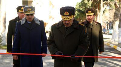 На авиабазе ВВС Азербайджана в эксплуатацию сдано новое жилое здание Фотографии