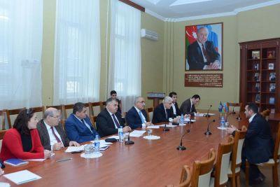 В UNEC с участием представителей общественности состоялся «День открытых дверей» Фотографии