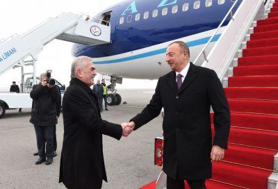 Prezident Naxçıvana səfərə gedib  - FOTO
