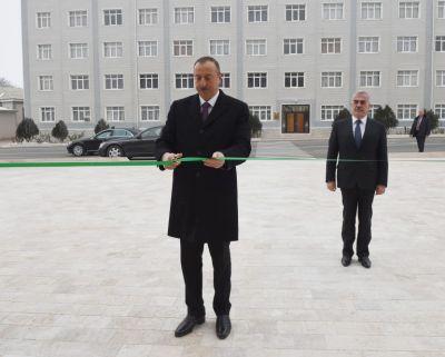 Ölkə başçısı Naxçıvanda rus məktəbinin açılışında iştirak edib FOTOLAR