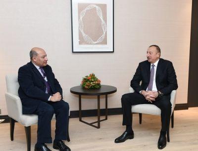 Ильхам Алиев встретился с Сумой Чакрабарти