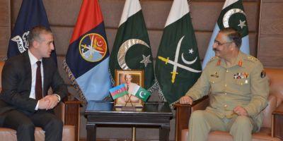 Pakistandakı səfirimiz ordu generalı ilə görüşüb