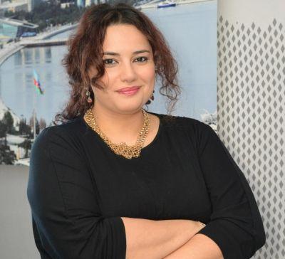 Aytən Səfərova imdad istədi - FOTO