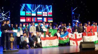Məktəblilərimiz 4 medal qazanıblar - FOTO