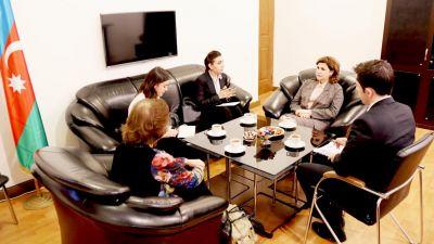 Официальные представители Колумбии в Азербайджане посетили переводческий центр