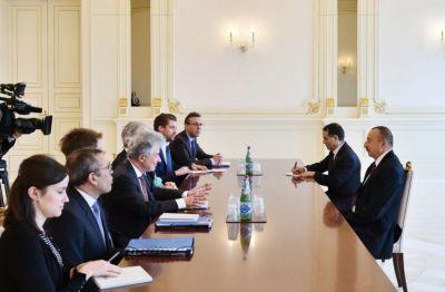 Ильхам Алиев принял делегацию ЕК