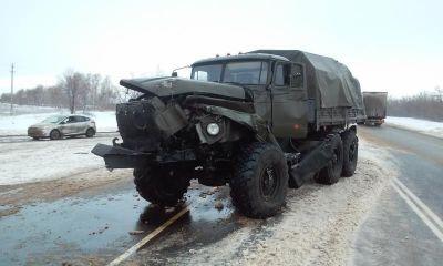 В Армении военный автомобиль попал в аварию