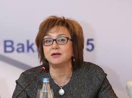 Малейка Аббасзаде: «Процесс приема на государственную службу должен быть упрощен»