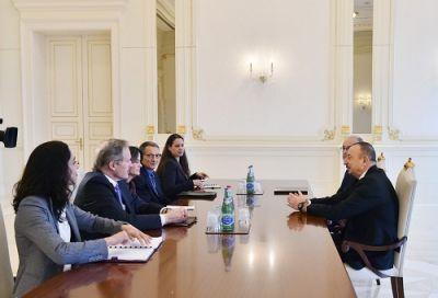 Ильхам Алиев принял делегацию из США