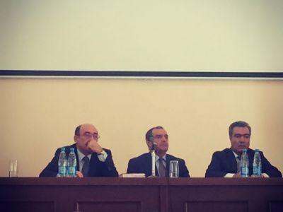 """Абульфаз Гараев: """"Те, кто снес памятник Микаилу Мушвигу, должны быть привлечены к ответственности"""""""