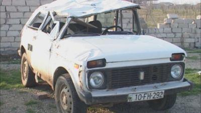 Sürücü maşını aşırdı, nəvəsi və həyat yoldaşı öldü