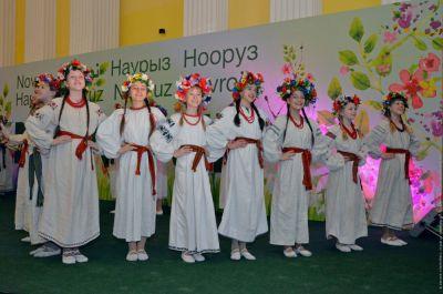 Kiyev meriyasında Novruz bayramı - FOTOLAR