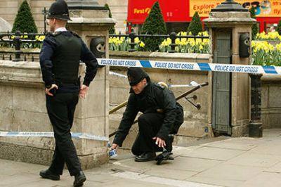 London metrosunda bomba həyacanı - TERROR?