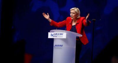 """Марин Ле Пен: """"Евросоюз погибнет, потому что людям он больше не нужен"""""""