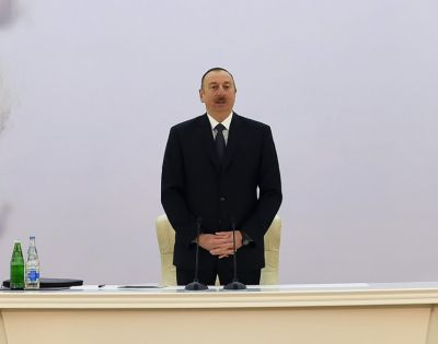Ильхам Алиев: Азербайджан показывает пример в борьбе с безработицей