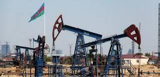 Цена азербайджанской нефти превысила 53 доллара