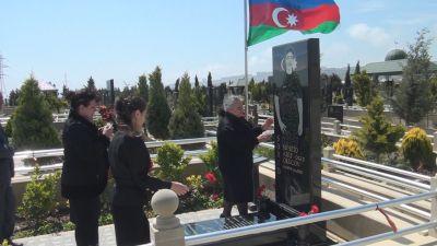 Aprel şəhidi Müşfiq Orucovun məzarı ziyarət olunub