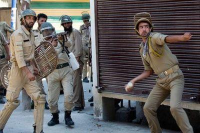 ŞOK: Hindistanda üsyançılar 24 polis əməkdaşını öldürüblər