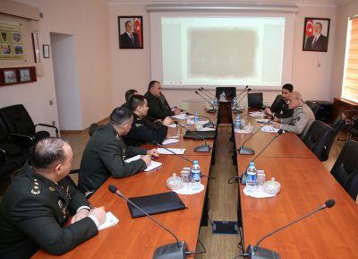 Проводится рабочая встреча военных специалистов Азербайджана и Франции по кибербезопасности