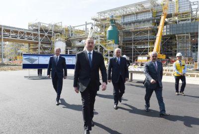 Ильхам Алиев ознакомился с ходом строительных работ на карбамидном заводе в Сумгайыте