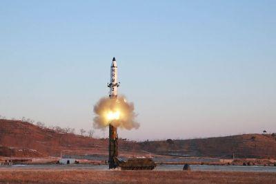Şimali Koreyadan uğursuz raket sınağı
