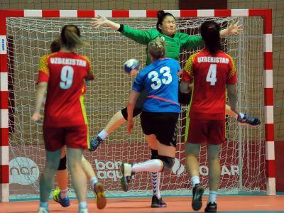 «Баку-2017»: Азербайджанские гандболистки вышли в финал