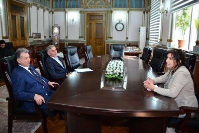 Президент НАНА встретился с послом Республики Болгария в нашей стране