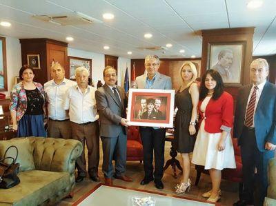 Azərbaycan diaspor rəhbəri İzmirdə bələdiyyə sədri ilə görüşüb - FOTOLAR