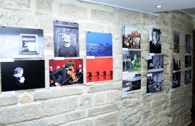 Gürcü fotoqrafların əl işləri Bakıda sərgilənib - FOTOLAR