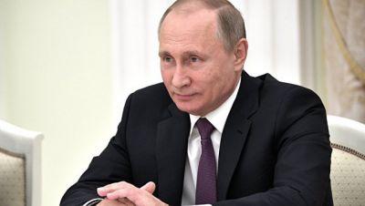Vladimir Putin Parisə gedir